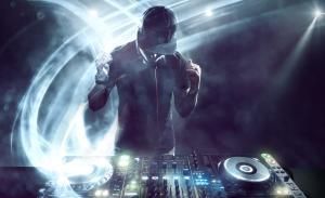 DJ 12